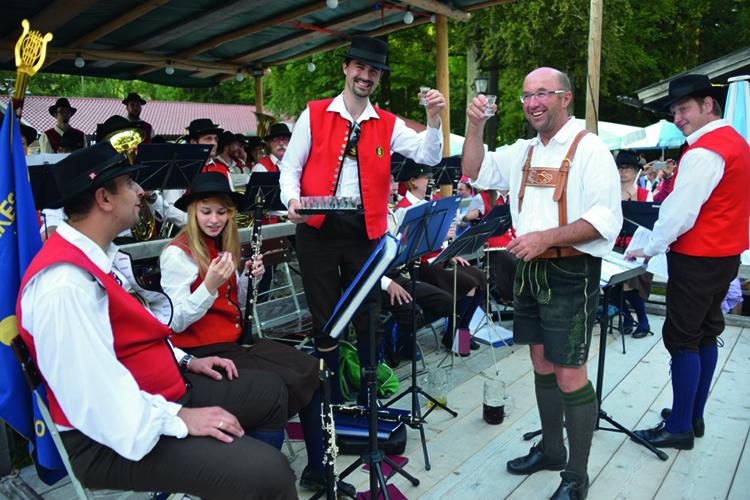 Ski-Club Rottach-Egern Waldfest 2016 Musikkapelle Slovenien