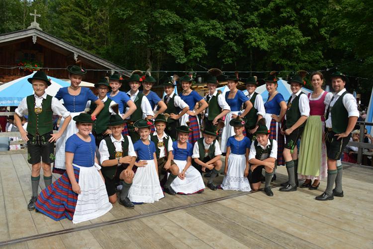 Ski-Club Rottach-Egern Waldfest 2017 Tanzgruppe Wallberger